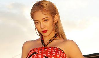 Meet Girls' Generation HyoYeon as DJ HYO at Legacy Festival
