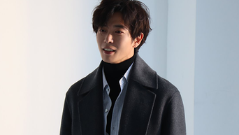 Kim JaeWook For Photoshoot Behind-the-Scene