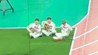 The 3 Idols Playing Guitar At 'ISAC 2020' Seollal Recording