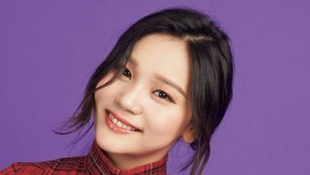 GFriend UmJi Seems To Be Getting Even More Beautiful