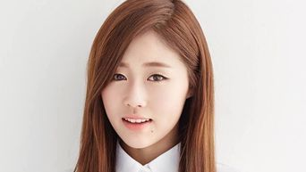 Netizens Feel Sorry For Lovelyz Baby Soul Because Of Related Search Words