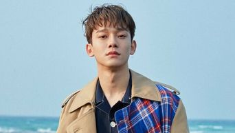 Fans Say These Were Clues That Suggested EXO's Chen Was In Relationship