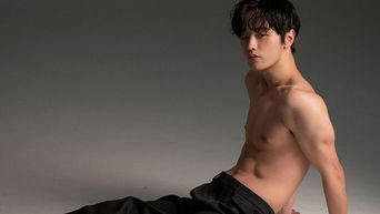 Melting Hearts: 186cm Actor Kim DoWan Reveals Chocolate Abs For Photoshoot