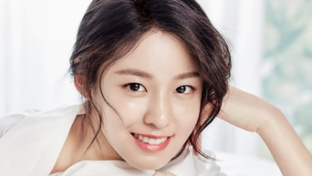 This Woman Is Gaining Attention For Resemblance To SeolHyun