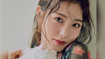 Shin YeEun For Grazia Magazine April Issue