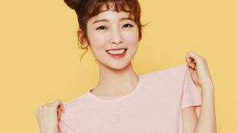 OH MY GIRL's ARin Shows Off Her Fresh And Sporty Sides With 'BYC' Photoshoot