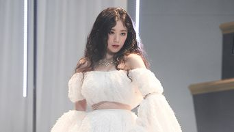 (G)I-DLE's ShuHua Is Not Afraid To Call Out Person With Hate Comments On V-Live