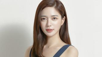 "Lee Elijah Profile: Actress From 'Miss Hammurabi"" To 'Chief of Staff'"