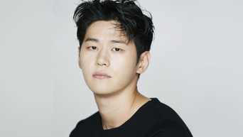 Lee HakJu (Lee HakJoo) Profile: Actor From 'The World Of The Married' To 'Sweet Munchies'