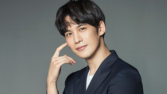 Park KiWoong Profile: From 'The Bridal Mask' To 'Kkondae Intern'
