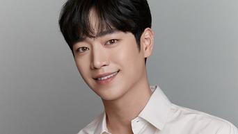 Seo KangJoon, New Profile Photo Shooting (+Behind-the-Scene)