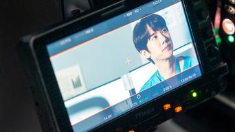 Yoo YeonSeok, 'Hospital Playlist' Drama Set Behind-the-Scene Part 6