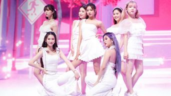 KCON:TACT 2020 Summer Day 5 Photos - OH MY GIRL, TOO