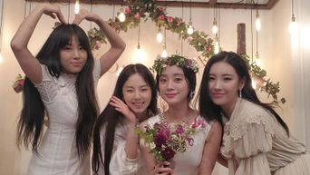 Wonder Girls Members Gather Once Again, Receives Dating Advice From JYP