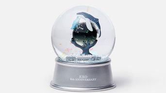 Check Out The Beautiful Anniversary Glitter Water Balls Of NCT 127, EXO, Red Velvet & SHINee