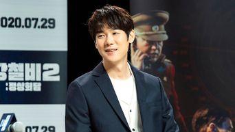 Yoo YeonSeok, Film 'Steel Rain2: Summit' Press Conference & Live Broadcasting Behind Shooting Scene - Part 2