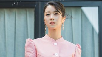 Have A Look At The 71 Outfits Worn By Seo YeJi In 'It's Okay To Not Be Okay'