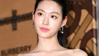 Idols With Some Of The Nicest Collar Bones