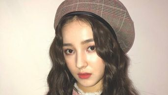 Beret Fashion By K-Pop Idols To Inspire Your Fall 2020 Wardrobe