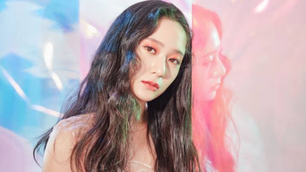 Krystal (Jung SooJung) Profile: From f(x) Member To Popular Actress From 'The Heirs' To 'Search'