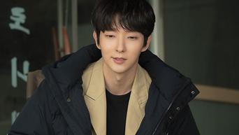 Lee JoonGi, 'Flower of Evil' Drama Set Behind-the-Scene