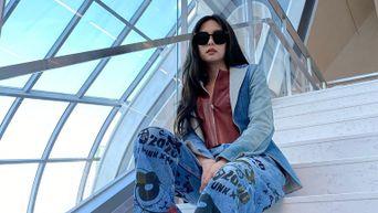 BLACKPINK's Jennie Shares Photos Taken In New YG Headquarters