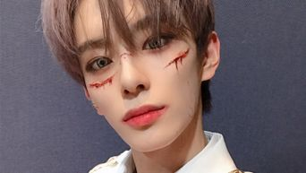 VERIVERY's KangMin Causes Goosebumps With Ending Pose For 'G.B.T.B' Halloween Version