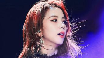 K-Pop Idols Who Are So Beautiful They Can Make Dorsal Humps A Beauty Trend