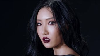 MAMAMOO's Hwasa Reveals She Cannot Eat Foods Like This