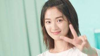 Kim HyeYoon, Commercial Shooting Behind-the-Scene - Part1