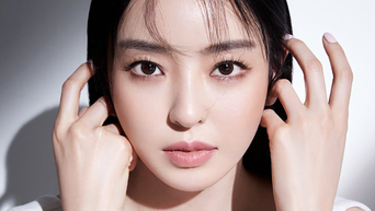 Lee DaHee For VOGUE Korea Magazine December Issue