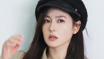 Son YeJin For ELLE Korea Magazine December Issue Behind-the-Scene - Part 1
