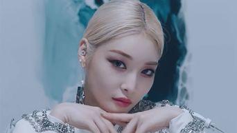 Female Idols Whose Cheekbones Are Works Of Art