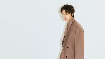 K-Pop Celebrities Who Have Such Good Ratios Long Coats Don't Look So Long