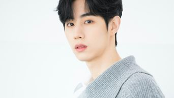 GOT7's Mark Reaches Over 1m Subscribers On His YouTube Channel Without Videos