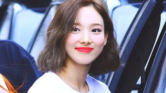 If You Want To Ditch Perfume Try Using TWICE NaYeon's Cosmetic Picks