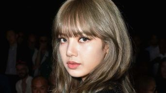 The Truth About BLACKPINK Lisa's Iconic Bangs