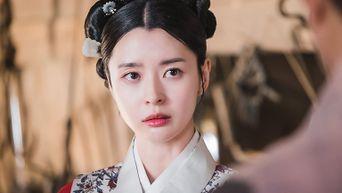 Kwon NaRa, Drama 'Royal Secret Agent' Set Behind-the-Scene