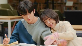 4 Cutest Campus Romance Scenes With WEi's Kim YoHan & So JooYeon In 'A Love So Beautiful'