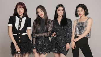 Brave Girls 'ROLLIN'' Dominates Korean Music Sites, 1st K-Pop Girl Group To Rank No. 1 In '24Hits' On Melon Chart
