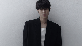 Hwang InYeop For Marie Claire Magazine May Issue