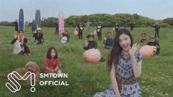 Red Velvet's JOY - 'Hello' MV