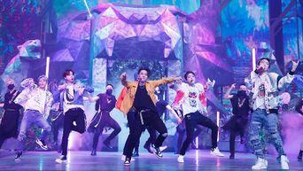 'KINGDOM : LEGENDARY WAR' Behind The Scenes Photo Of iKON's 'Classy Savage'