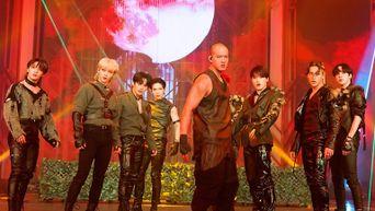 'KINGDOM : LEGENDARY WAR' MAYFLY Dance Unit 'Wolf' Behind Photos
