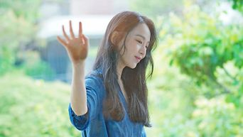 Shin HyeSun For ELLE Magazine June Issue Behind-the-Scene - Part 2