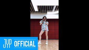 TWICE NaYeon -'Alcohol-Free' Dance Video