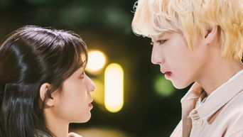 Weekly Drama Romantic Scene: Park JiHoon & Kang MinAh Kiss With Chemistry In 'At A Distance, Spring Is Green'