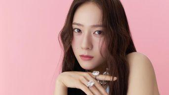 Krystal For Harper's BAZAAR Korea Magazine August Issue