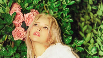 (G)I-DLE's Jeon SoYeon Releases First Mini Album 'WINDY'