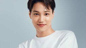 Fans Think EXO's Kai Would Make A Great Dad As He Wins Hearts With His Kind Gesture Towards A Pregnant Lady